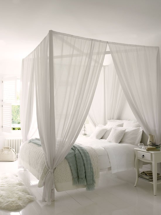 white-bedroom-with-touches-of-blue-2