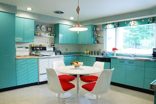 bright-kitchen-cabinets-teal