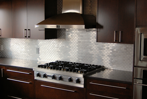kitchen tile backsplash1 - Kitchen Metal Backsplash
