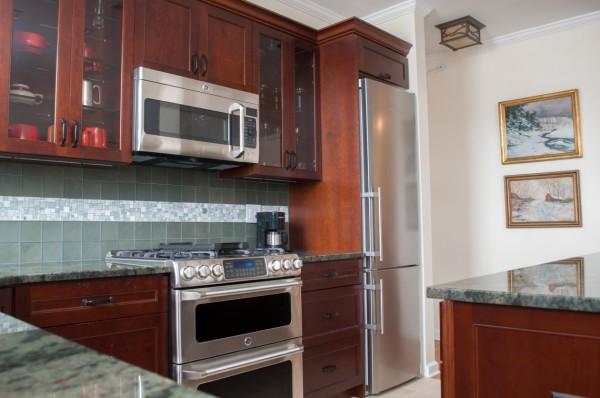 accent kitchen tile backsplash ideas