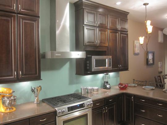 kitchen tile backsplash one color