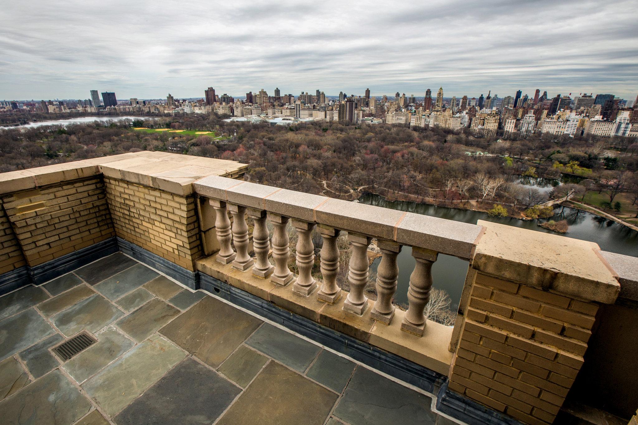 Inside John Legend and Chrissy Teigen's NYC Home ...