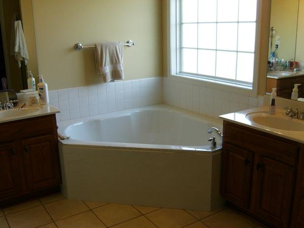 Pictures Of Drop In Bathtubs