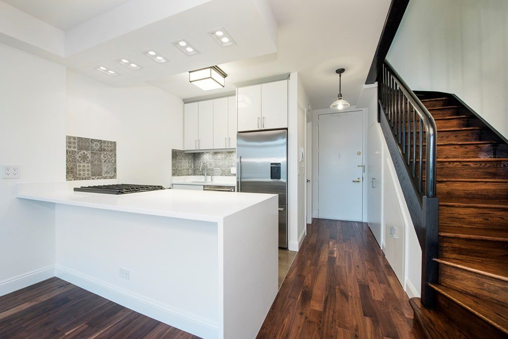 Two Types Of Waterfall Counters For Your Nyc Home