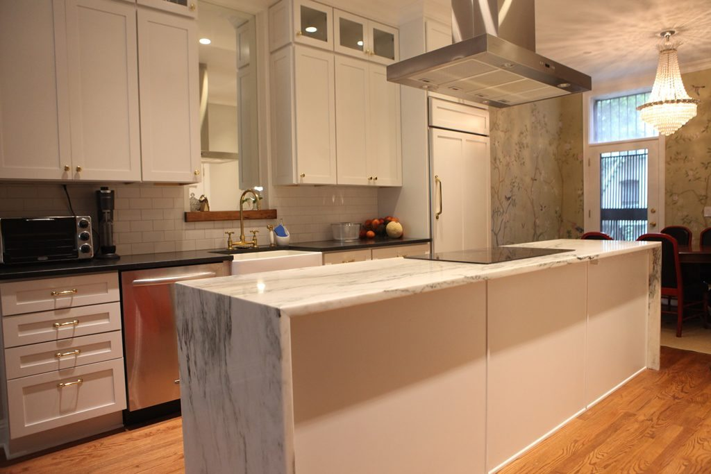 Tips to Use Waterfall Counters in Your NYC Home