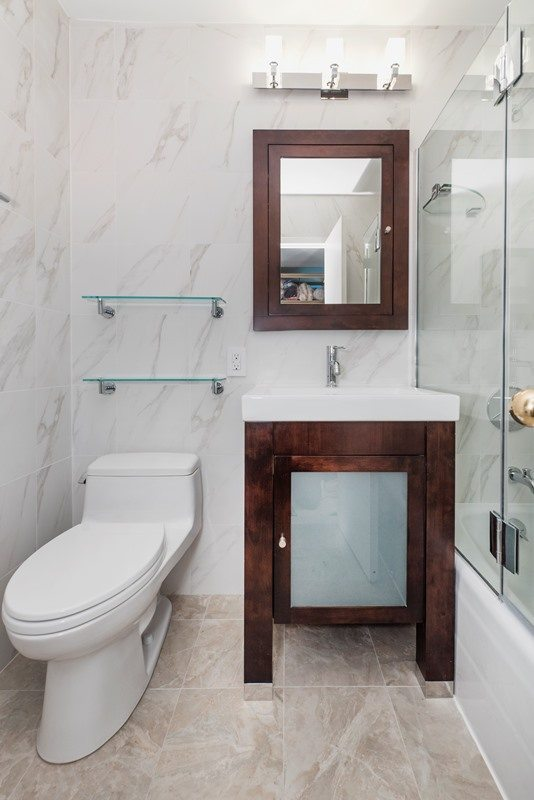 5 tips for doing your all white bathroom design well for All white bathroom designs