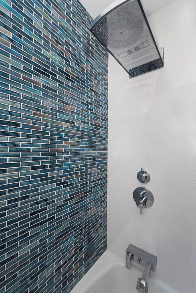 Bold Colorful Styles to Inspire Your NYC Bathroom