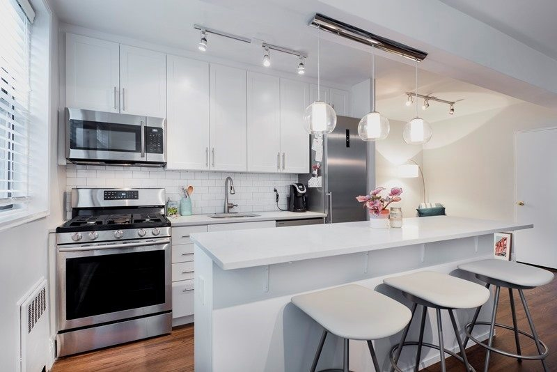 Ways to Bring Balance to Your All-White NYC Kitchen