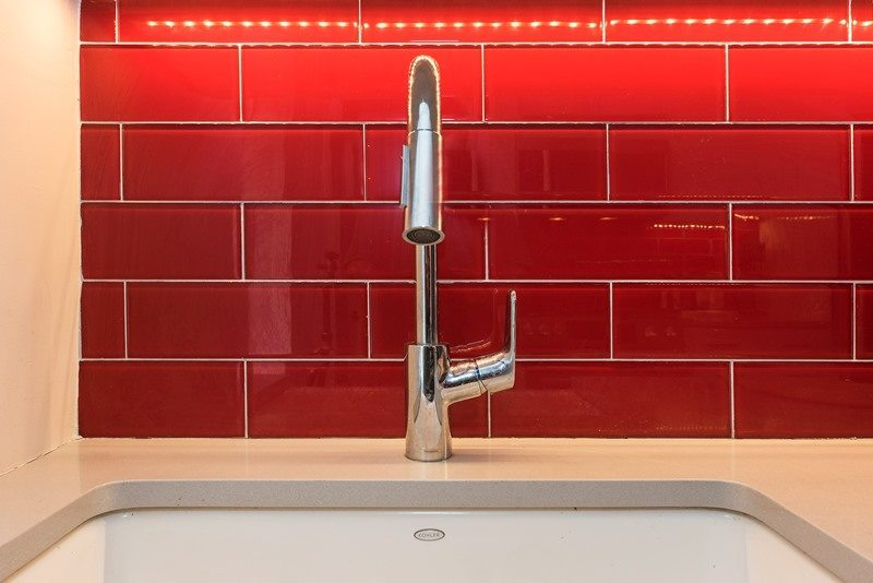 5 things to consider when choosing your kitchen faucet choosing a kitchen faucet christinas adventures