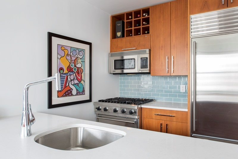 5 things to consider when choosing your kitchen faucet choosing a kitchen sink faucet