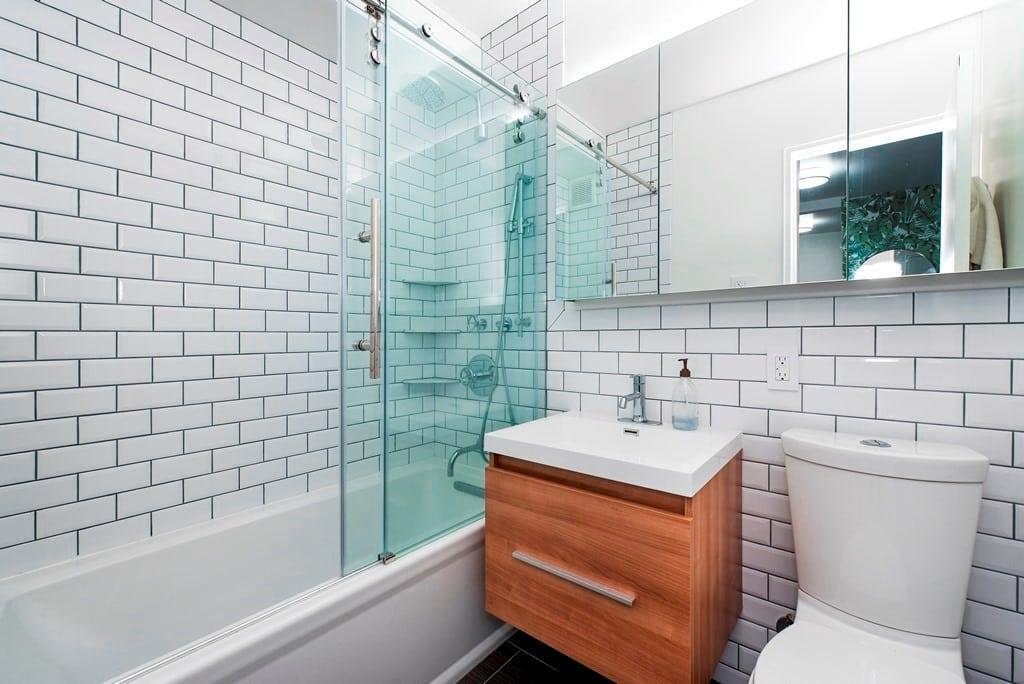 Most Popular Bathroom Design Trends Of 2017