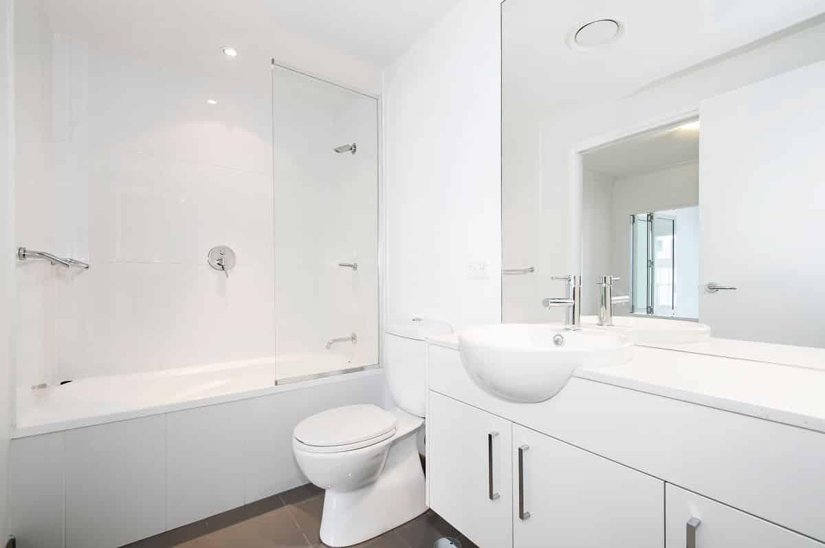 Design Tricks for Small Bathrooms