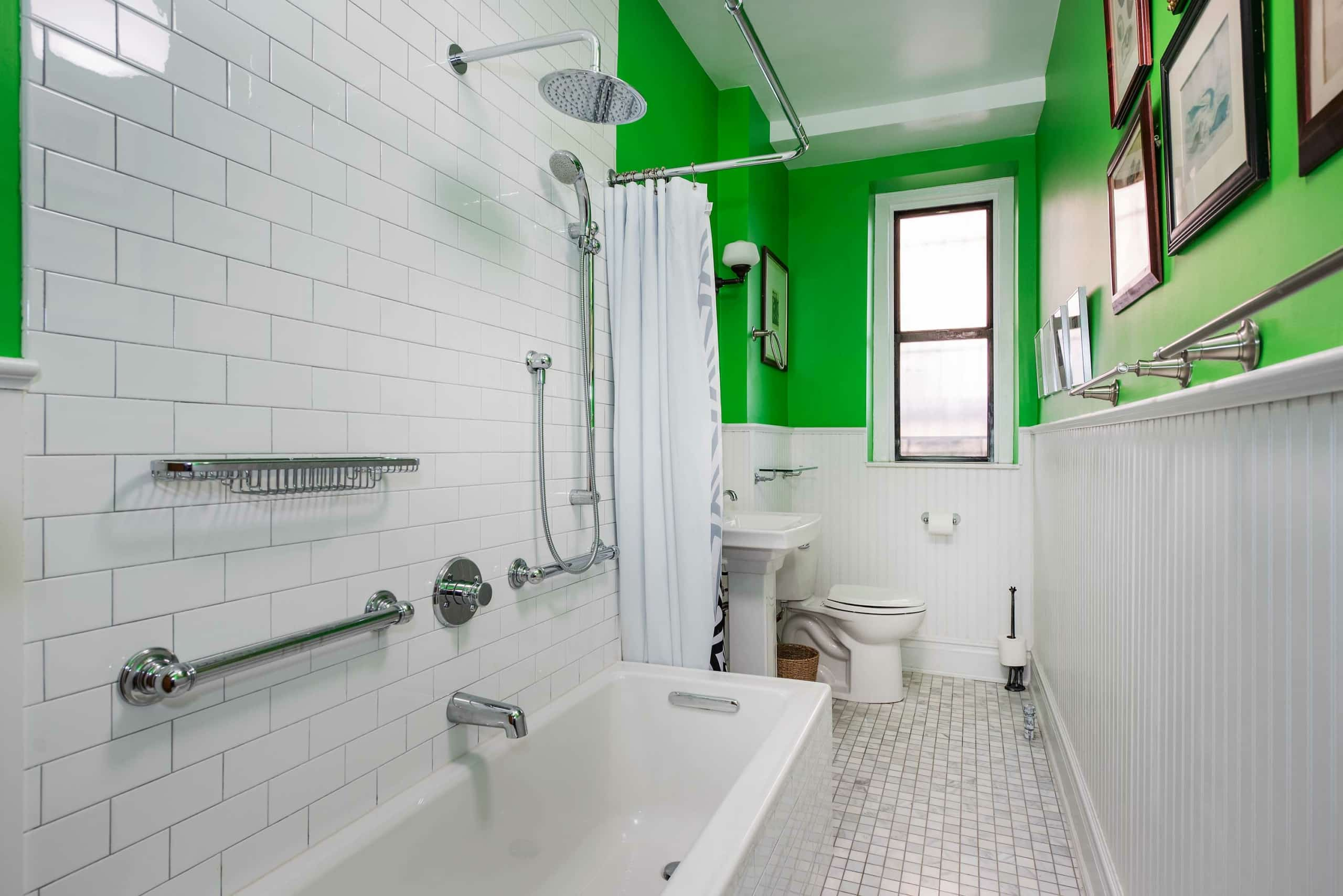 What You Need To Know About Walk-In Tubs