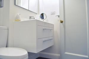 15 West 81st Street - Upper West Side - Bathroom Renovation        Photo #694